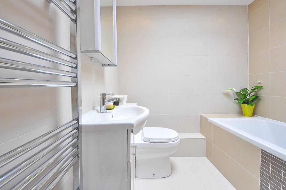 Få dit flotte og skinnende badekar igen med en reemaljering